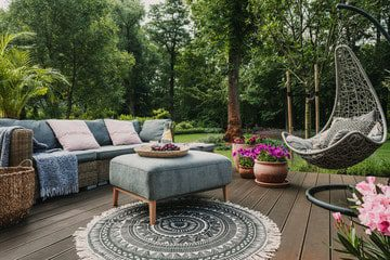 6 Dos and Don'ts of Decorating a Patio ( 2021)