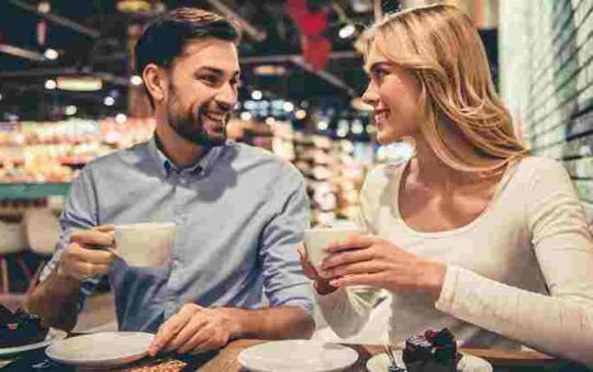 What to Talk About With a Girl For A Good Relationship.